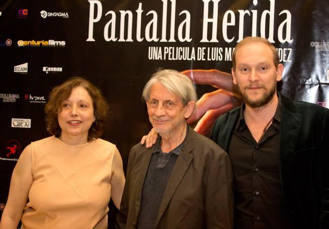 """La Pantalla Herida, Hoy se estrena en salas """"La Pantalla Herida"""" arropada por el éxito de su presentación en Madrid, todo un homenaje al cine español."""